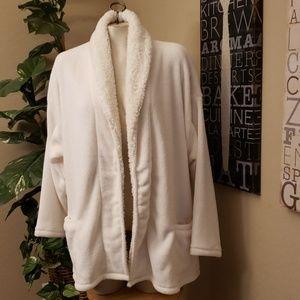 HUE Small/Medium Robe